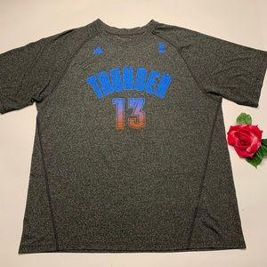 Adidas Womens Sz Large Thunder Basketball T-Shirt